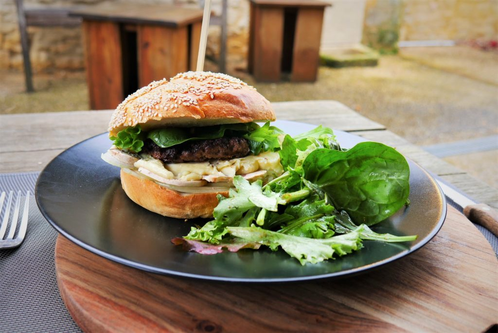 urger the black duck dordogne périgord restaurant sarlat montignac saint crépin et carculet